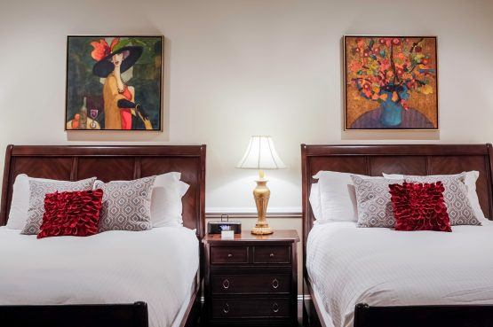Premier Double Queen Hotel Rooms in Charleston, SC at The Vendue